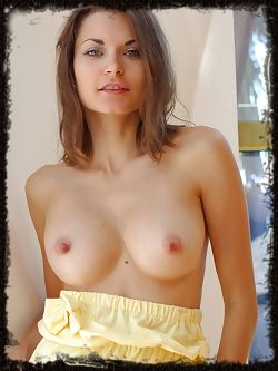 Refreshingly pretty and charming babe with a vivacious, endearing personality.